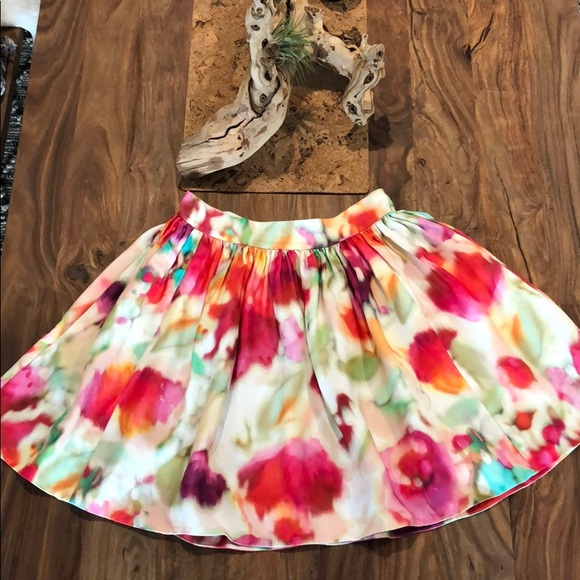 kate spade Dresses & Skirts - Kate Spade colorful skirt with pockets